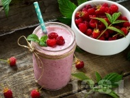 Рецепта Малинов шейк с прясно мляко